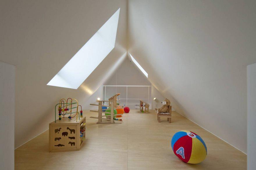 Σοφίτα με παιδικό δωμάτιο.