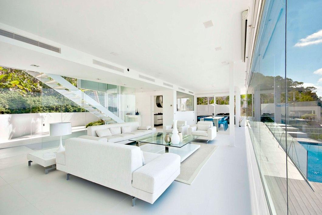 Άσπρο σαλόνι.