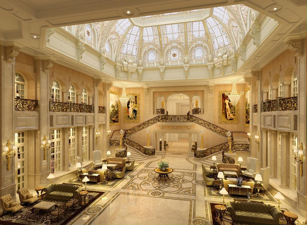 Εσωτερικό του ξενοδοχείου με πολυτελής διακόσμηση.