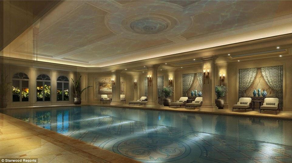 Εσωτερική πισίνα ξενοδοχείου,